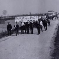 Marcia della pace contro la guerra in Vietnam, 1965. Da Villanova a Bagnacavallo