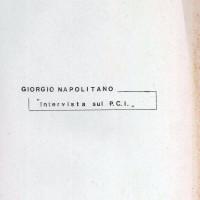 """Centro Gramsci, Ferrara, copertina della dispensa sull'incontro con Giogio Napolitano """"Intervista sul PCI"""", tenutosi a Ferrara il 18 marzo 1976"""