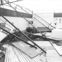 1982, gli stand della festa dell'Unità distrutti da una tromba d'aria a due giorni dall'inaugurazione. Gli organizzatori ricostruirono tutti gli allestimenti in 48 ore [ISMO, AFPCMO]