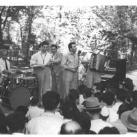 Esibizione musicale, Modena, durante una festa de l'Unità provinciale negli anni Cinquanta [ISMO, AFPCMO]