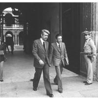 1977, Enrico Berlinguer, in visita a Modena per partecipare alla festa nazionale, esce dall'Accademia con il sindaco Germano Bulgarelli  [ISMO, AFPCMO]
