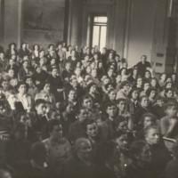 1949, convegno del PCI tenuto nel salone interno di palazzo Carmi