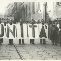 Sfilata inaugurale della prima festa de l'Unità, Modena, 1946 [ISMO, AFPCMO]