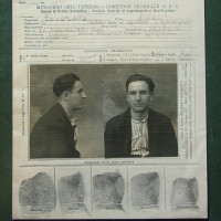 Scheda del Casellario politico di Luigi Levorato, dirigente del Partito comunista modenese negli anni Venti e condannato al confino a Ustica nel 1926. [ISMO, AFPCMO]