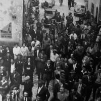1959. Borgo San Giuliano. Comizio dell'on. Giuliano Pajetta nella piazzetta davanti al circolo per la Festa de L'Unità del Borgo