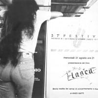Anni Ottanta, lo stand della libreria, gestito da Rinascita [ISMO, APCMO]