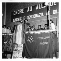 Settembre 1973, manifestazione per il Cile. Oratore il presidente della Provincia, Decimo Triossi