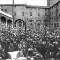 Manifestazione in Piazza Municipale