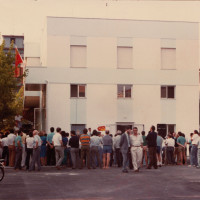 11 luglio 1986. Rimini, INA Casa. Numerosi militanti comunisti il giorno dell'inaugurazione della nuova sede della Federazione