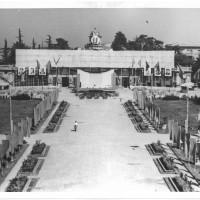 Veduta dei Giardini Ducali durante la quinta festa provinciale, 1950  [ISMO, AFPCMO]