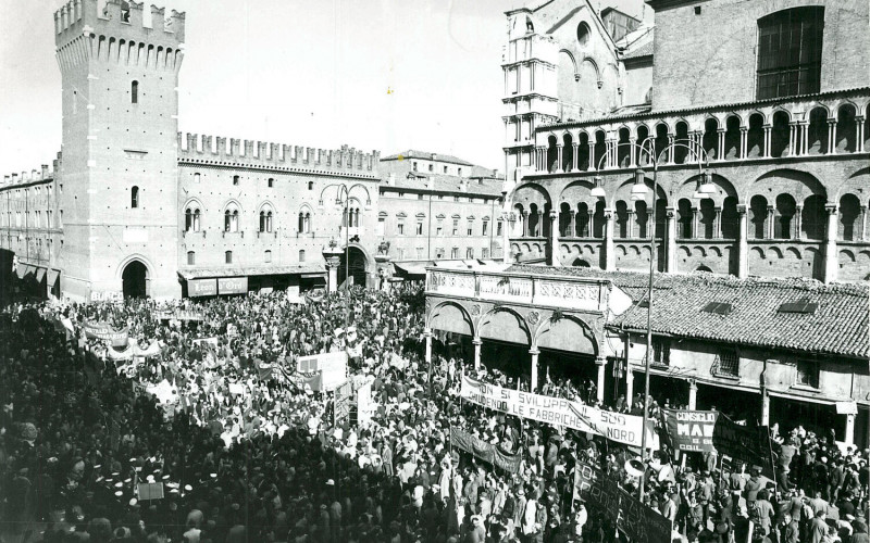 Ferrara, piazza Trento e Trieste e corso Martiri della libertà